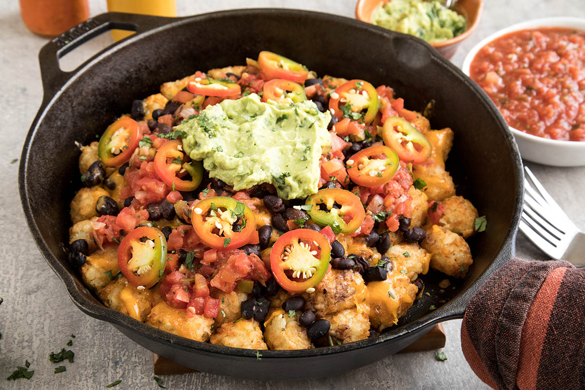 Easy Cheesy Game Day Totchos (Tater Tot Nachos) – Recipe
