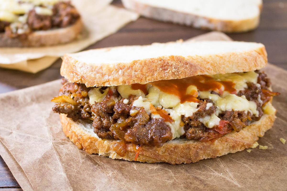 Spicy Sloppy Joes with Smoked Gouda – Recipe
