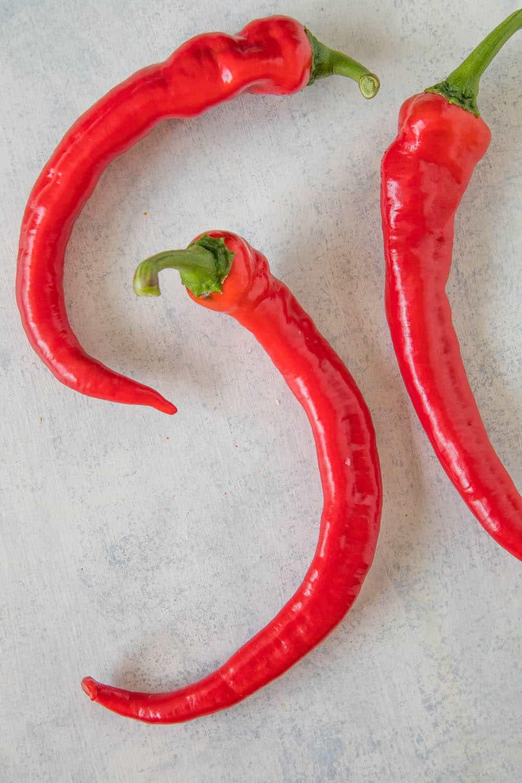 Cowhorn Chili Peppers: Good Heat, Big Pepper