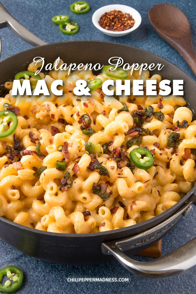 Creamy Jalapeno Popper Mac and Cheese – This jalapeno popper mac and cheese recipe is extra creamy with loads of cheese, bacon and jalapeno peppers, with just the right amount of spice. This is a no-bake version. Come and get it! #MacandCheese #Jalapenos #Spicy
