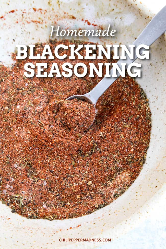 Homemade Blackening Seasoning - Use this piquant homemade blackening seasoning recipe to blacken anything from fish and shrimp to poultry, beef and more. Time to wake up those taste buds! #SpiceBlend #Cajun