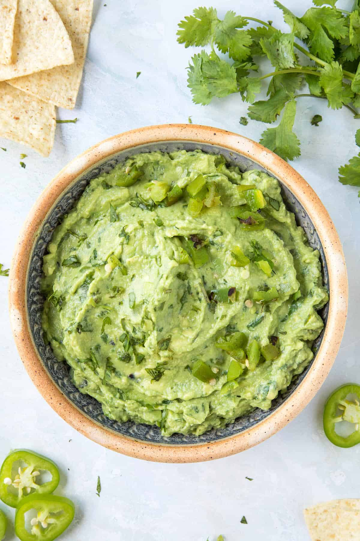 Guacamole in a bowl, ready to serve