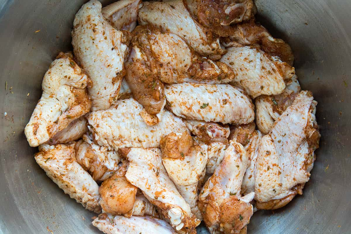 Dry rub for the brined chicken wings.