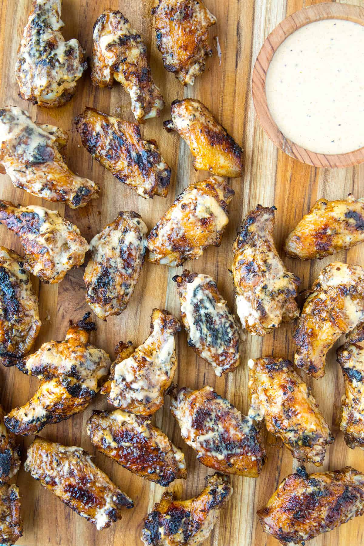Grilled Chicken Wings with Alabama White BBQ Sauce, ready to serve