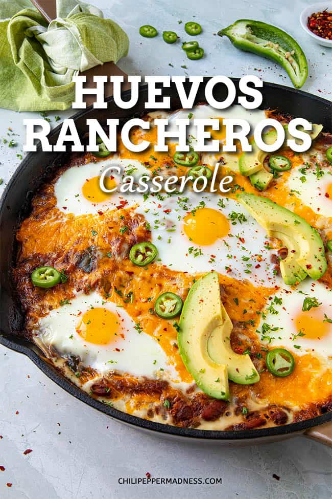 Huevos Rancheros Casserole Recipe - This huevos rancheros casserole recipe takes everything great about classic huevos rancheros and brings it all together in a single pan. It\'s an awesome breakfast or brunch! #Brunch #Breakfast #Huevos #Casserole