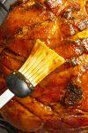 Glazing the baked ham