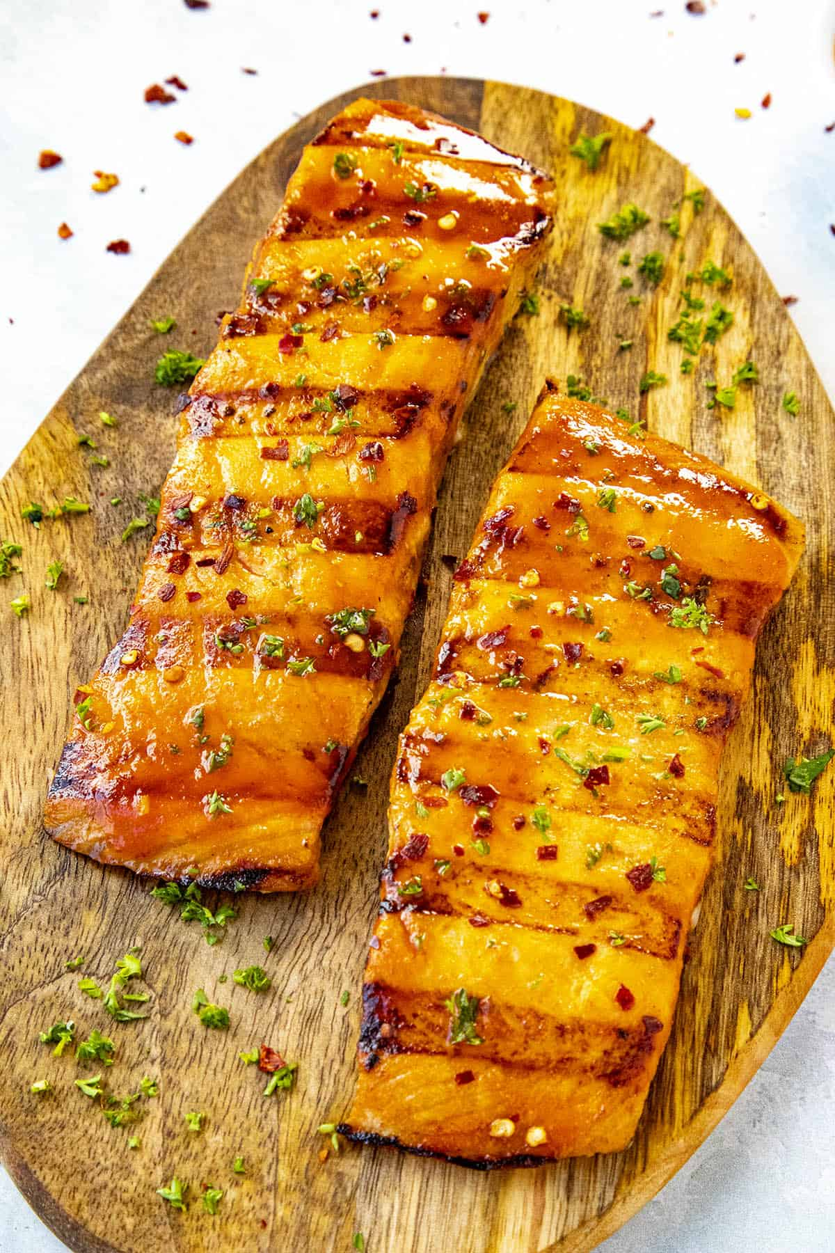 2 fillets of Grilled Salmon with Honey Sriracha Sauce