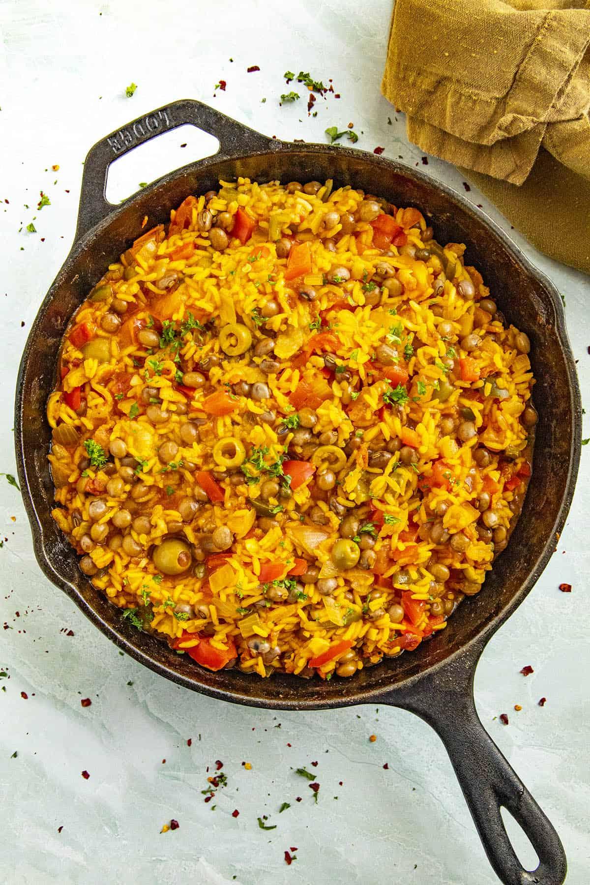 Arroz con Gandules in a hot pan